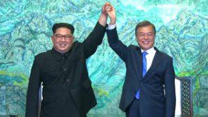 En un hecho histórico, líderes de Corea del Sur y Corea del Norte se reúnen en zona desmilitarizada y se comprometen a buscar la paz