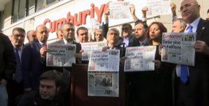 """Turquía: hasta 10 años de cárcel para los periodistas de «Cumhuriyet"""""""