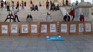Protestas contra la guerra en el centro de Atenas