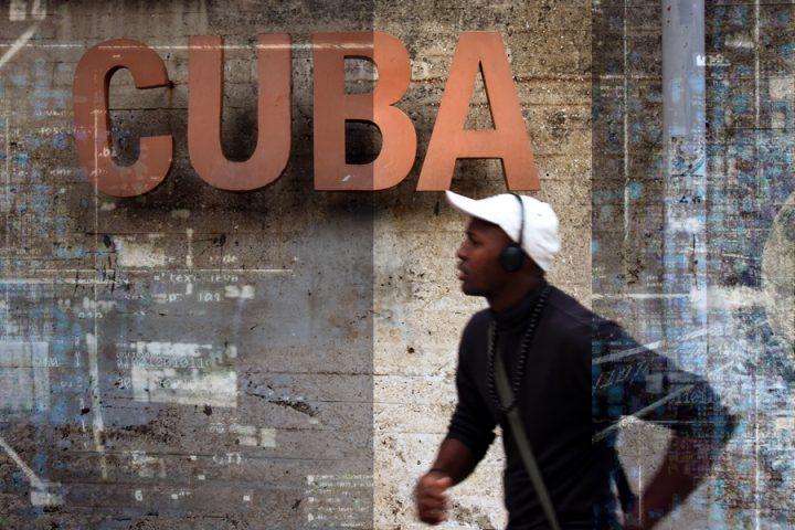 Κούβα: θεωρητικές προσεγγίσεις στην ιστορία