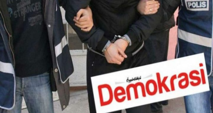 Turchia, altri quattro giornalisti arrestati. Sale a 157 il numero dei colleghi in carcere