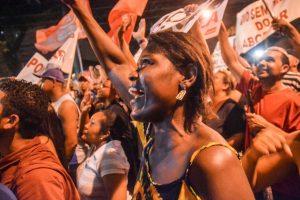 Mandado de Prisão de Lula é mais um Golpe na Democracia Brasileira