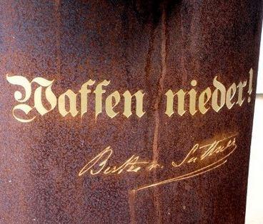 """Nein zur EU Militarisierung """"Die Waffen nieder!"""" – 175. Jahrestag Bertha von Suttner"""