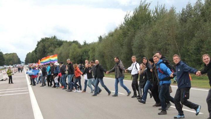 Aufruf zu Aktionen des zivilen Ungehorsams: Block Ramstein!