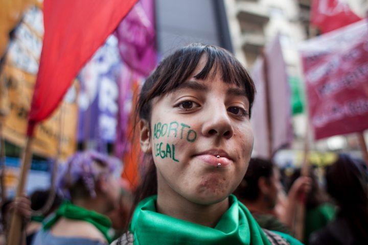 Irlanda: al voto per il diritto di aborto, una sfida europea