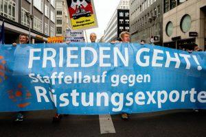 «¡La paz está en marcha!» ha puesto a miles en las calles contra la exportación de armas
