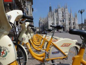 Mobilità sostenibile, Greenpeace compara Milano, Torino, Roma e Palermo. «Milano prima classificata, ultima Palermo»