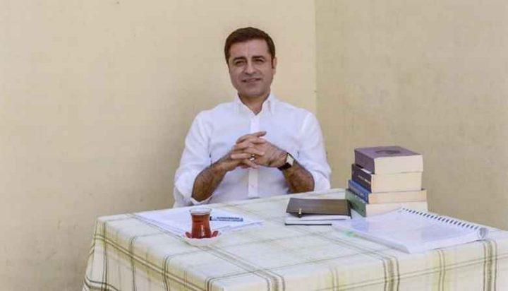 Demirtas: προεκλογική εκστρατεία από τη φυλακή