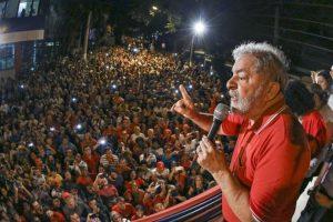 Después de prisión de Lula, STF prohíbe la conducción coercitiva