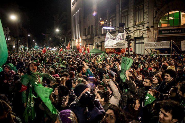Ley de Interrupción Voluntaria del Embarazo: Millones de argentinas y latinoamericanas ansían con esperanza ¡Que sea Ley!