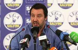 Gianfranco Mascia denuncia Salvini sulla chiusura dei porti