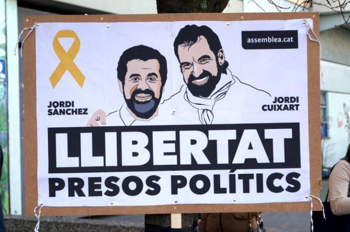 Katalonien und die Justiz: Sind die Entscheidungen im Fall Puigdemont politisch motiviert?