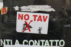 Torino-Lione: la Commissione europea minaccia l'Italia