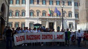 Associazione Nazione Rom denuncia Matteo Salvini per il censimento etnico