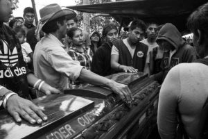 Colombia: La cortina de humo del fútbol se disipa y se visibilizan más masacres