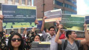 Ecuador: Medios comunitarios presentes en la visita del Relator para la Libertad de Expresión a la Asamblea Nacional