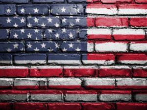 Vortrag von David Swanson über den fatalen Anspruch der USA, eine Sonderstellung in der Welt einzunehmen