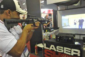 Setor de segurança privada cresce e lucra com acirramento da violência