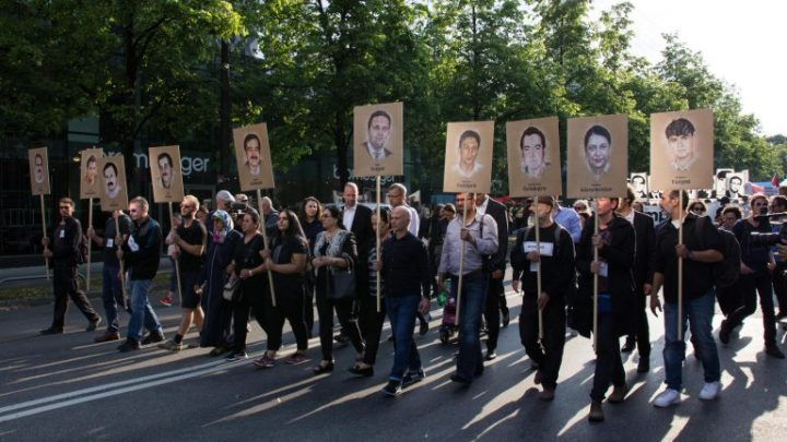 Το αντιφασιστικό κίνημα δεν αφήνει τη Γερμανία σε ησυχία, μετά από την αδύναμη ετυμηγορία στη δίκη των νεο-Ναζί