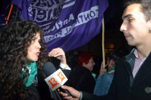 Santiago, pañuelazo feminista en apoyo a la ley de aborto en Argentina