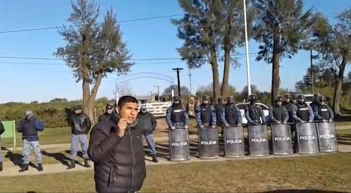 Chaco: violento operativo para desalojar a una familia qom