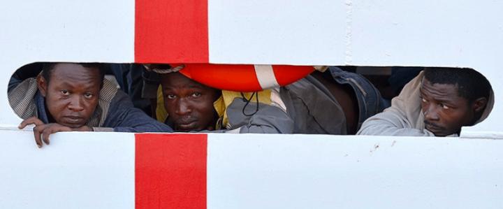 Nave Diciotti. Manifestazione a Catania per chiedere la liberazione dei migranti ancora a bordo