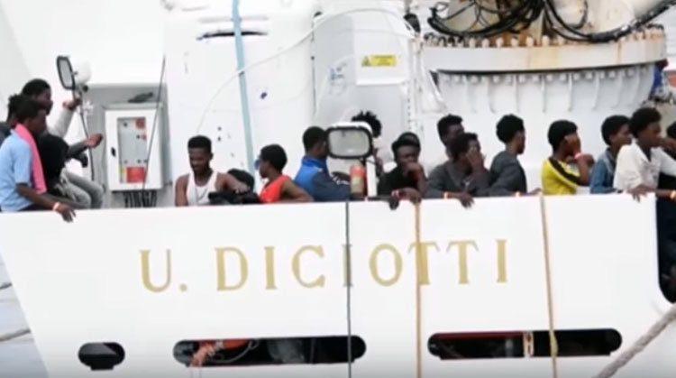 Diciotti, il Tribunale di Catania giudicherà gli atti firmati da Conte e Di Maio