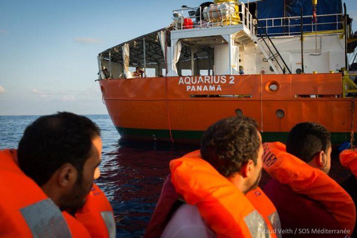 Il governo italiano fa pressioni su Panama per impedire all'Aquarius di salvare vite in mare