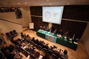 Gli italiani tra risparmio privato e debito pubblico