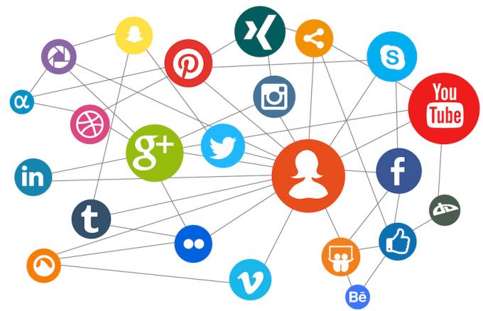 Redes sociales digitales: ¿Quiénes las controlan? ¿Cómo usarlas sin que nos arrastren? ¿Existen alternativas?