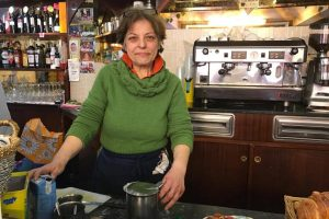 Solidarietà per Delia! Salviamo il Bar Hobbit di Ventimiglia