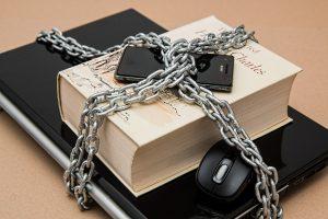 Las opiniones en redes sociales a juicio en España