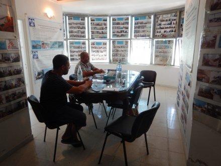 L'equipaggio di un peschereccio tunisino arrestato in Italia mentre prestava soccorso in mare
