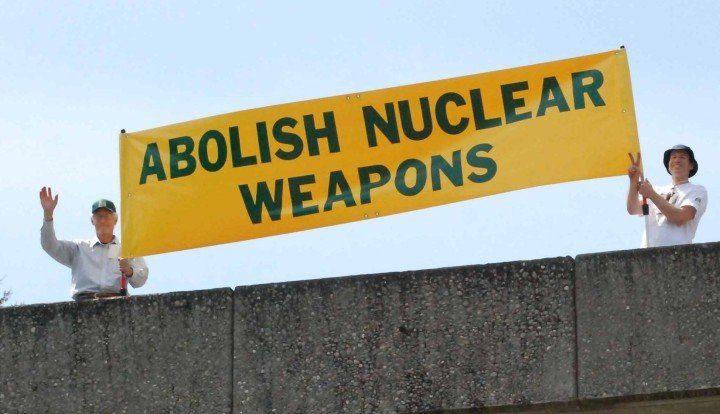 Sostegno alla ratifica italiana del trattato ONU nulla giornata per l'eliminazione totale delle armi nucleari