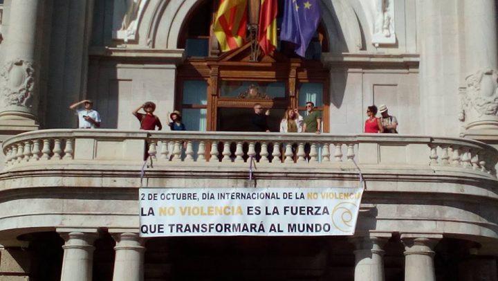 Ayuntamiento de Valencia: «la no violencia es la fuerza que transformará el mundo»