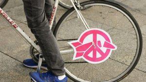 Radtour zu Botschaften: Danke fürs Atomwaffenverbot!