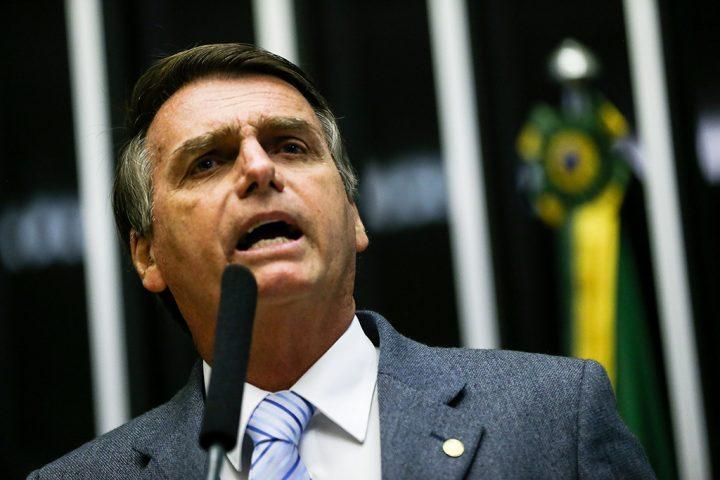 El candidato de extrema derecha Jair Bolsonaro es electo presidente de Brasil