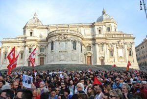 Piazza dell'Esquilino sta con Mimmo Lucano: presidio a sostegno del sindaco di Riace