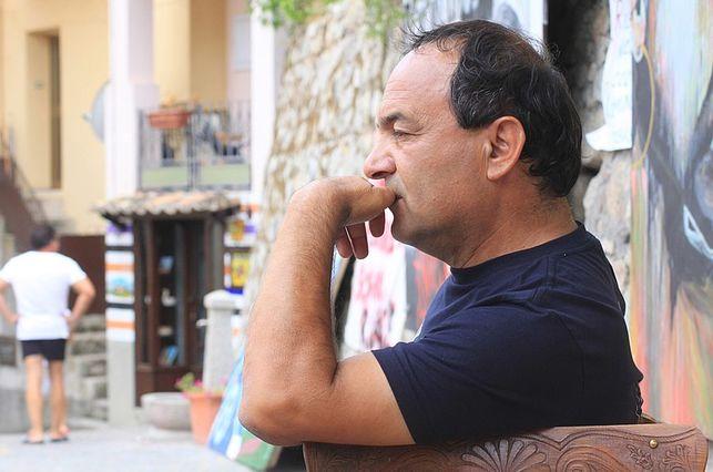 Der Mut, allein zu sein. Nachricht von Mimmo Lucano zur Solidaritätskundgebung