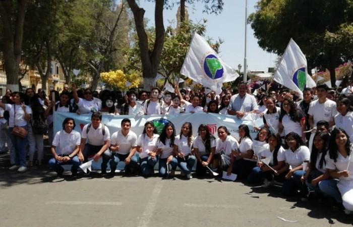 Heróica Marcha Sulamericana em Piura, Peru