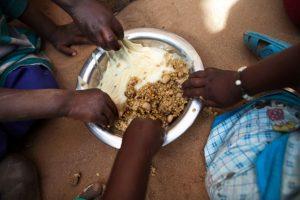 El hambre en el mundo sigue aumentando según advierte un nuevo informe de la ONU