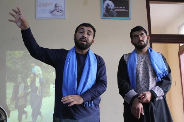 Nonviolent Afghans Bring a Breath of Fresh Air