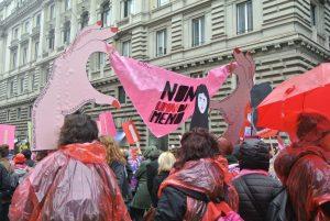 Non Una Di Meno: più di 150 mila a Roma per dire basta contro la violenza sulle donne
