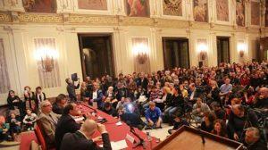 Il Comune di Milano dia la cittadinanza onoraria a Mimmo Lucano
