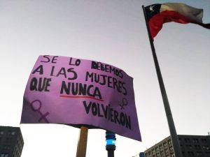 Chile: #NiUnaMenos, una ola feminista que se transformó en tsunami