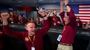 Aterriza primera sonda espacial que explorará Marte