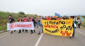 Sit-in davanti al Quirinale per fermare le bombe prodotte in Sardegna che bombardano lo Yemen