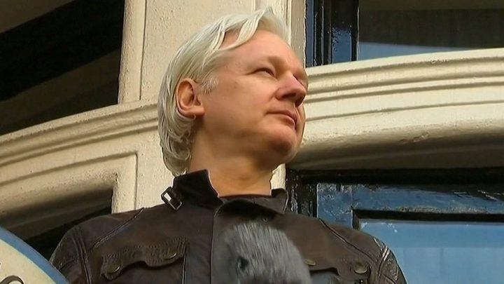 El Departamento de Justicia de EE.UU. revela accidentalmente acusaciones contra Assange, fundador de WikiLeaks