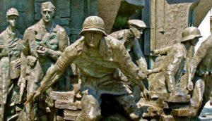 Πολωνία: Η ιστορία ως πεδίο μάχης