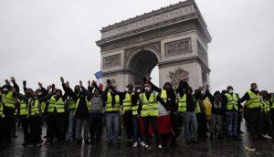 Chalecos Amarillos se toma Francia por cuarta semana consecutiva: casi 1.000 detenidos